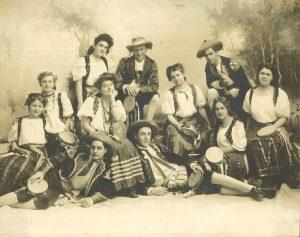 Kirmess-1905-b