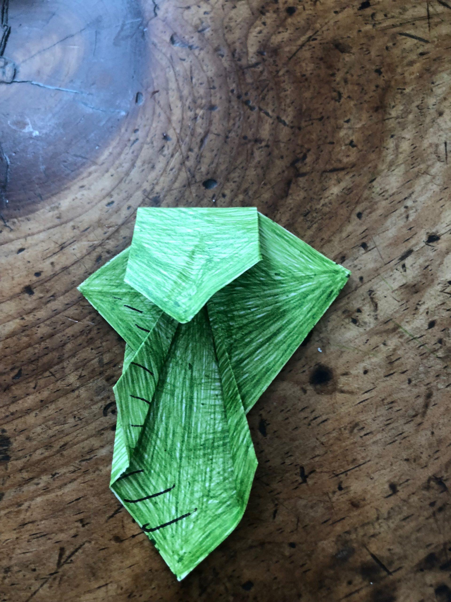 How to fold Origami Princess Leia (Alexander) - YouTube | 2560x1920