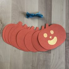 Grab&Go Grades 7-12: Pumpkin Garland Kit