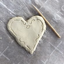 Grab & Go Craft Kits: Clay Valentines