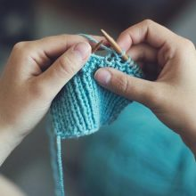 Grab & Go Craft Kits: Learn to Knit
